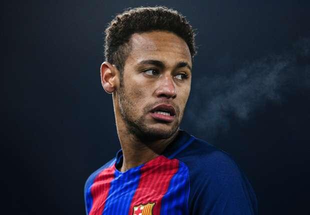 Neymar Tidak Ingin Dibandingkan Dengan Ronaldo dan Messi